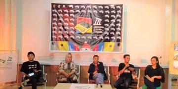 Suasana diskusi iklim literasi (sastra) di Semarang pada Semarang Literary Treinnal III (Amanat/Azzam)