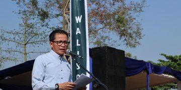 Usman Hamid saat berorasi di depan mahasiswa baru 2019 (Amanat/Hasib)