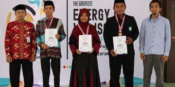 Foto bersama peraih juara tiga besar dengan juri (18/09/2019) (Dokumen istimewa).