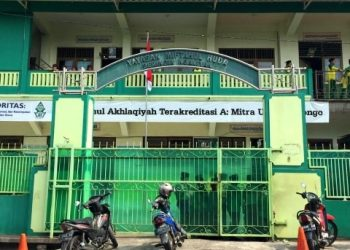 Madrasah Ibtidaiyah Miftahul Akhlaqiyah, Ngaliyan, Semarang. (Dokumen Kumparan.com).