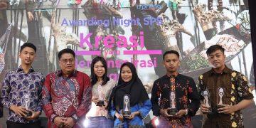 Surat Kabar Mahasiswa (SKM) Amanat UIN Walisongo kembali meraih penghargaan bergengsi di ajang Indonesian Studi Print Media Mahasiswa (ISPRIMA) 2020 di Hotel Mercure Banjarmasin, Kalimantan Selatan pada Jumat (7/2/2020).