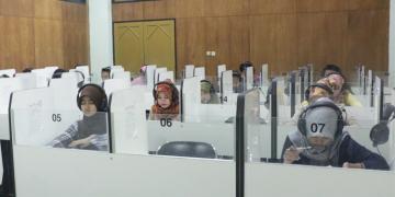 Mahasiswa Melakukan Tes Toefl Imka di PBB (Dokumen/Amanat).