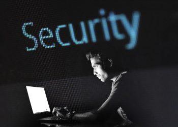 Hacker (Sumber. Pixabay.com)