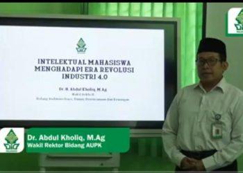 Tangkap layar Wakil Rektor II Bidang Administrasi Umum Perencanaan dan Keuangan Abdul Kholiq menyampaikan materi pada PBAK hari ke tiga. (09/09/2020) (Amanat/Ananda).