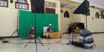 Proses Kajian Bada Zuhur di masjid UIN Walisongo, Senin (19/04/2021)(Amanat/Annisa Al-Fath).