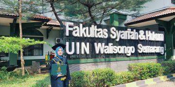 Foto Musyrifatul Himah Wisudawan Terbaik FSH. (Doc. Istimewa)