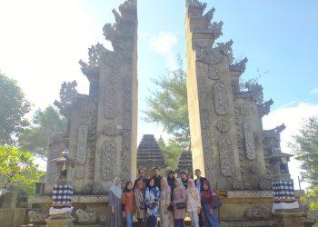 Salah satu kelompok KKN yang sedang melakukan wisata di Jogja, Rabu (02/06/2021).