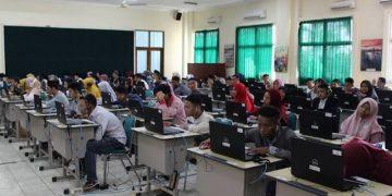 Suasana ketika pelaksanaan ujian Toefl dan Imka di PPB. (Sumber: ppb.walisongo.ac.id).