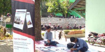 Stand SKM Amanat saat oprec 2019 di taman revolusi kampus 2 UIN Walisongo Semarang. (Dok. Amanat)